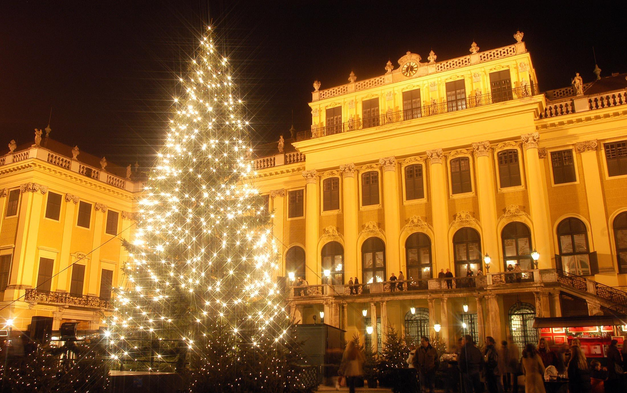"""Képtalálat a következőre: """"schönbrunn kastély advent"""""""